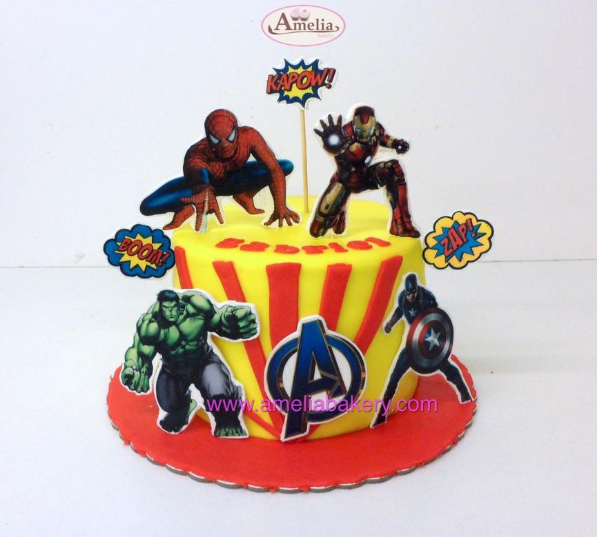 Tarta Fondant Avengers Los vengadores Personajes en Oblea 3d