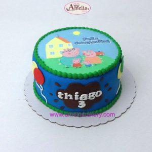 tarta-peppa-pig-con-oblea-cumpleaños-fondant